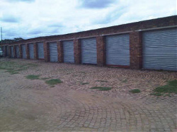 Stoorpark Self Storage - Self-storage Pretoria offers Lock up Garages for all your valuables
